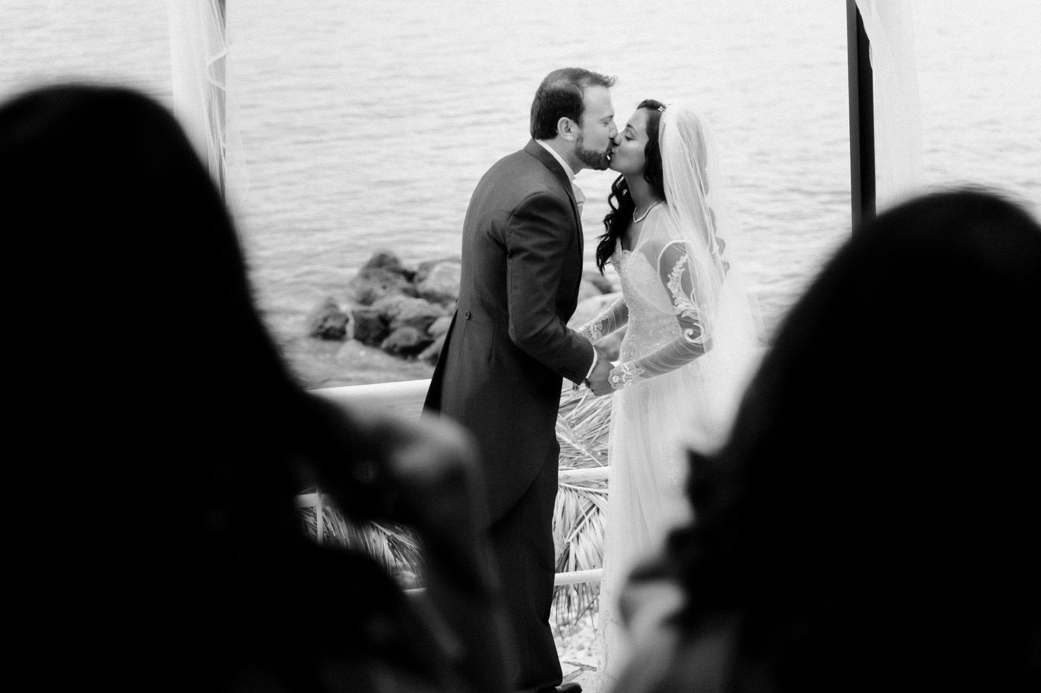 Documentary Wedding Photography - Kiss